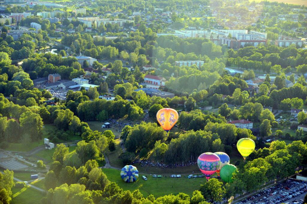 Gaisa baloni Valmierā